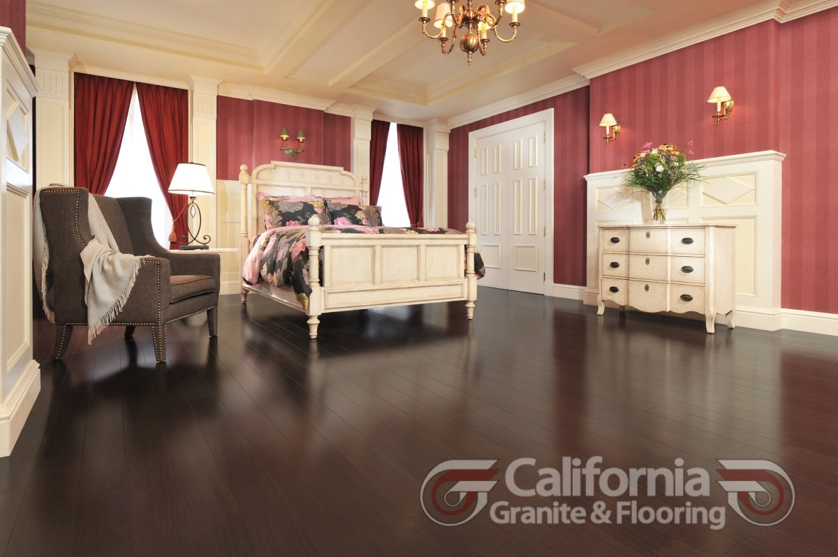hardwood-flooring-african-mahogany-onyx-exclusive-smooth-1