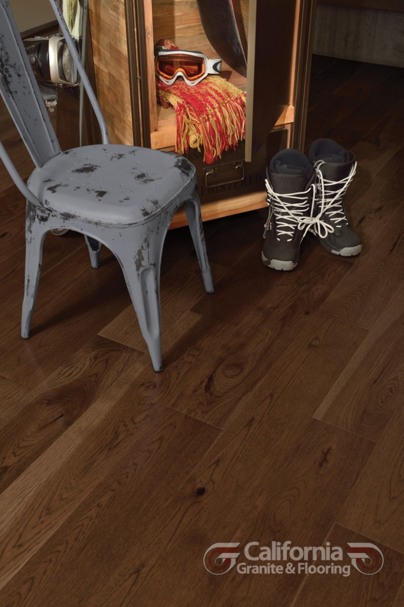 hardwood-flooring-hickory-havana-character-smooth-herringbone-1