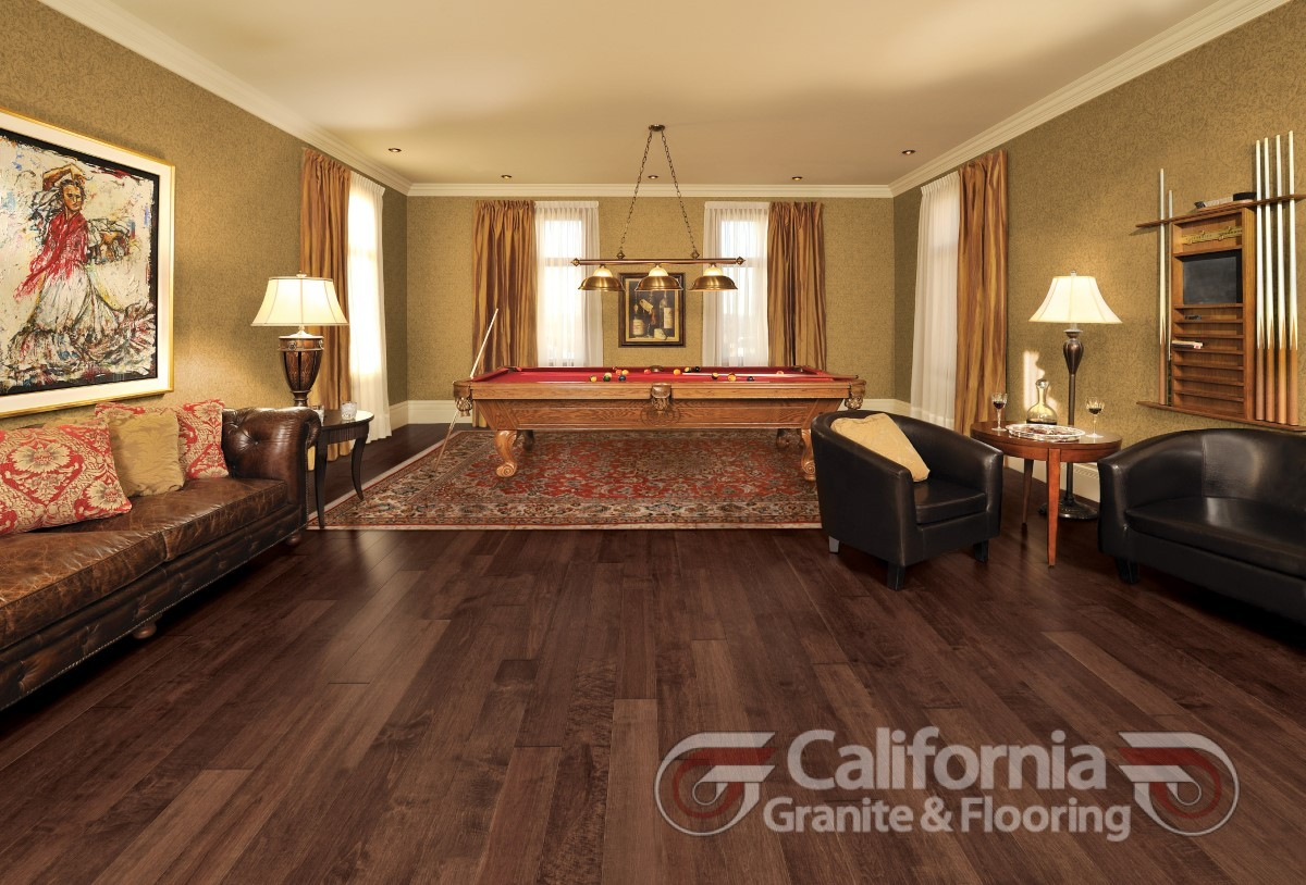hardwood-flooring-maple-gingerbread-character-smooth-1