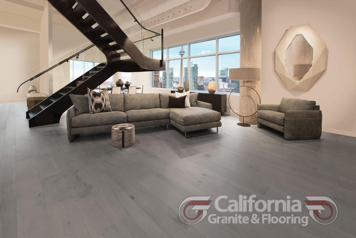 hardwood-flooring-maple-peppermint-character-smooth-herringbone-1
