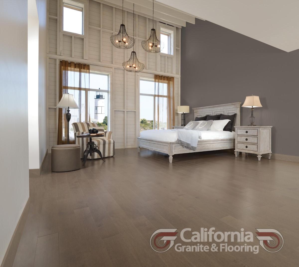 hardwood-flooring-maple-platinum-exclusive-smooth-1