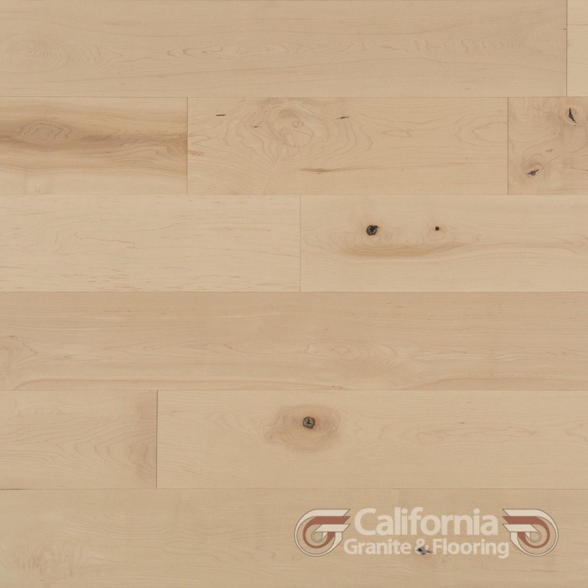 hardwood-flooring-maple-white-mist-character-smooth-2