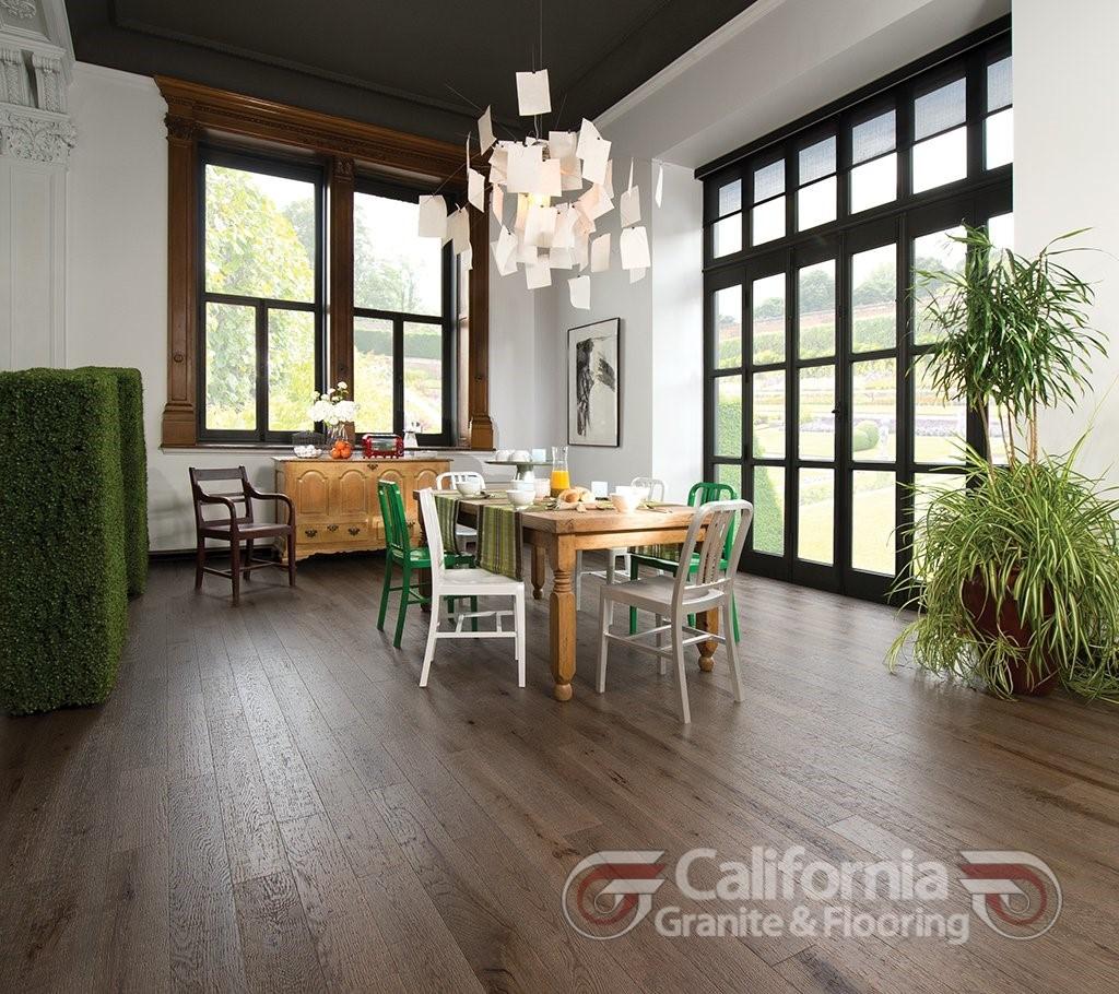 hardwood-flooring-red-oak-barn-wood-character-distressed-1