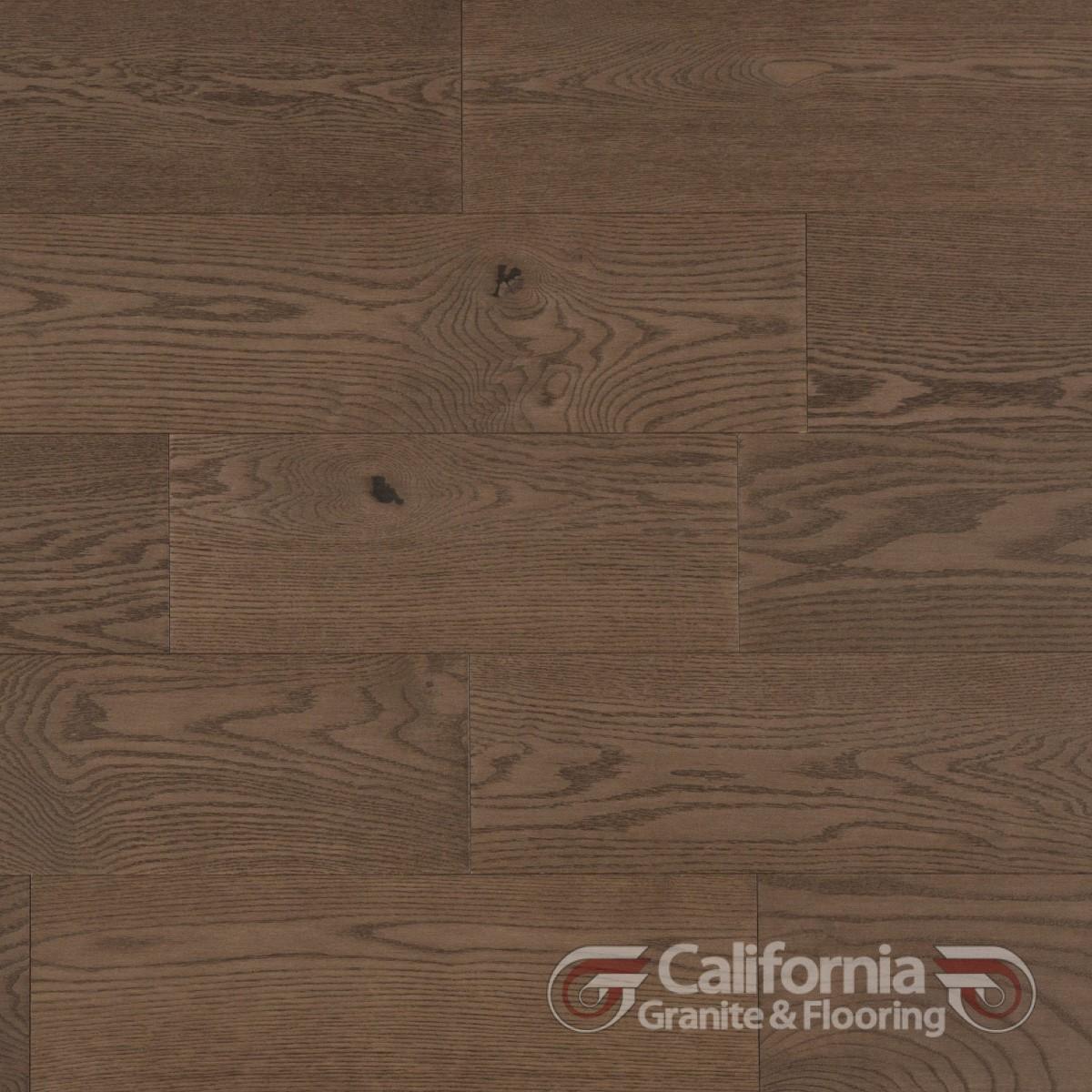 hardwood-flooring-red-oak-tree-house-character-brushed-2