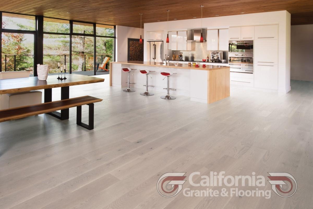 hardwood-flooring-white-oak-snowdrift-character-brushed-herringbone-1