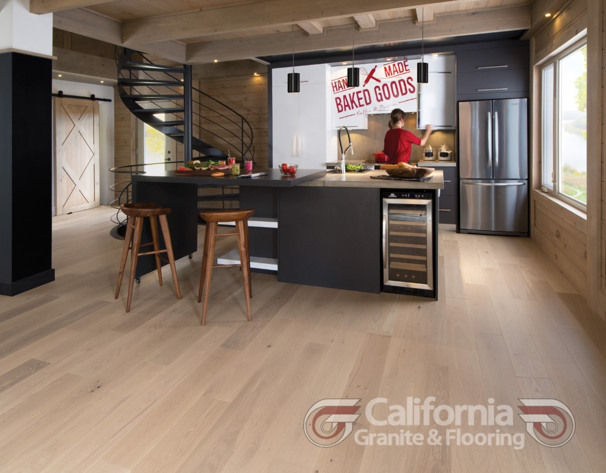 hardwood-flooring-white-oak-white-mist-character-brushed-herringbone-1