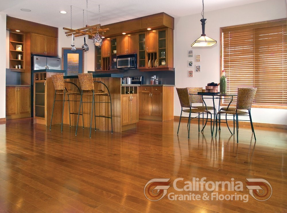 hardwood-flooring-yellow-birch-auburn-exclusive-smooth-1