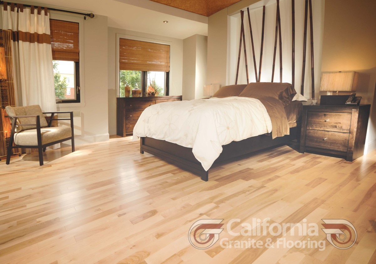 hardwood-flooring-yellow-birch-exclusive-smooth-1